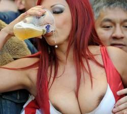 imagen Mujeres y cerveza