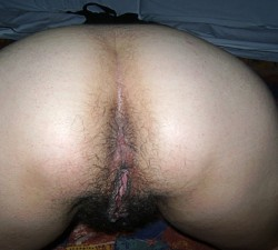 imagen Mi peluda amiga en fotos porno caseras