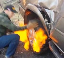 imagen Cambio de neumático al estilo sureño