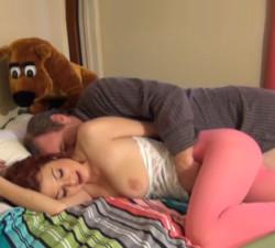 imagen Incesto real de una jovencita con su padre