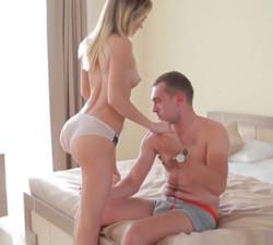 imagen A solas con la hija del jefe en un hotel