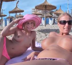 imagen Turistas Alemanas con ganas de rabo en sus vacaciones