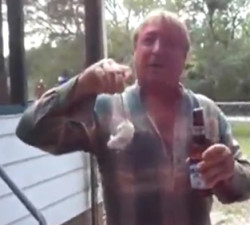 imagen Cómo abrir una cerveza con un ratoncito