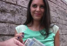 chicas por dinero