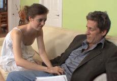 padre relaja con hija