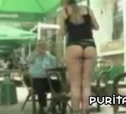imagen el culo de la camarera
