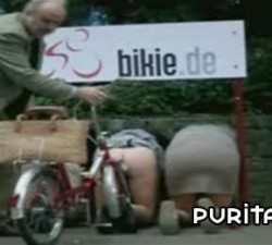 imagen un parking de bicis muy original