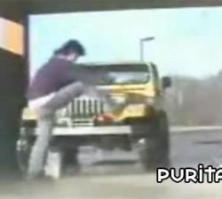 imagen lavando el coche
