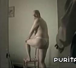 imagen un abuelo provocativo