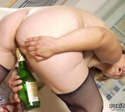 imagen pearlie le da al alcohol