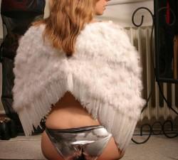 imagen un angelito caido del cielo