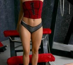 imagen esclavizando a su esposo madurito