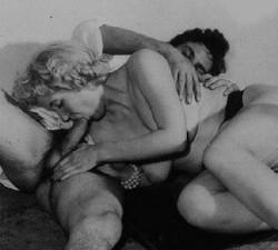 fotos retro de una familia muy viciosa