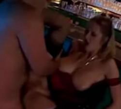 imagen puta follando con el dueño de un bar
