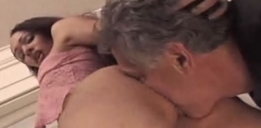 Mujer madura seduce a chica joven Confesi nes Lesbianas