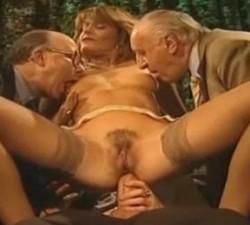 imagen orgia con jubilados