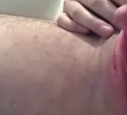 imagen hermafrodita masculino masturbandose