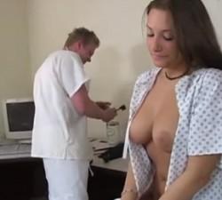 imagen dejando su sexo en manos de un desconocido