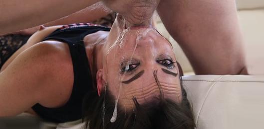 garganta profunda xxx videos gratis de travestis follando